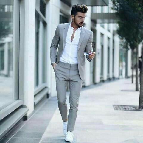 traje con zapatillas 2